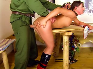 Military Man Lays Teen Slut In S