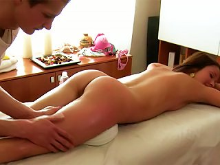 Gorgeous Teen Ilina Is Having Wonderful Fuck After Body Massage