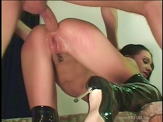 Taylor Rain Gets Anal Fucked And Facialed In Leather Fetish Clip