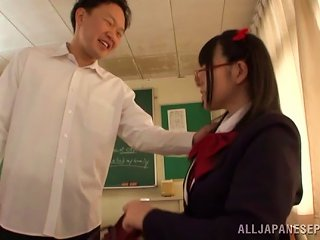 Fanciful Japanese Teen In Uniform And Glasses Getrting Fingered Before Getting Slammed Hardcore